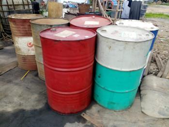 龙回二手220升油桶出售,可作水桶,网上买足彩桶,机油桶